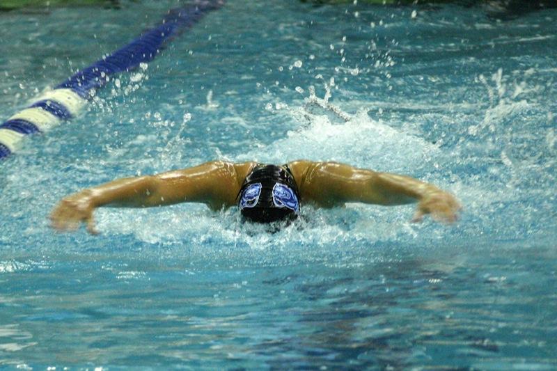 Нижегородский пловец стал лидером на соревнованиях в Самаре